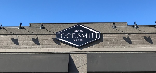 FoodSmith Bistro Pub in West St. Paul