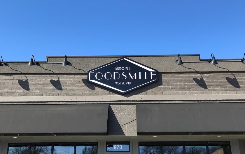 FoodSmith Bistro Pub in West St. Paul