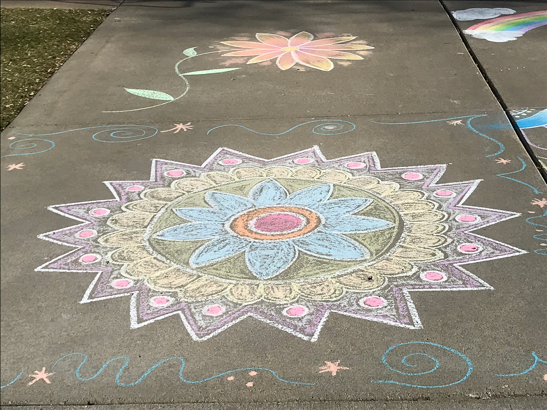 Sidewalk chalk designs