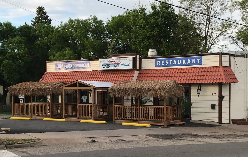 El Cubano Restaurant in West St. Paul with patio dining.