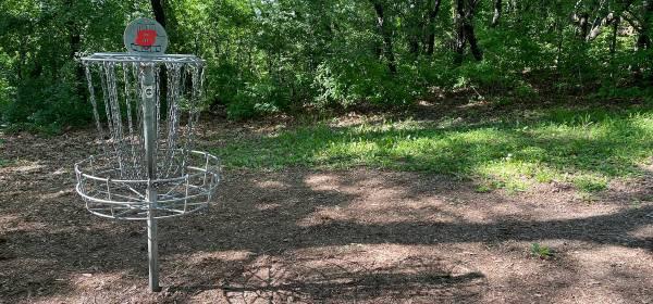Disc golf at Garlough Park